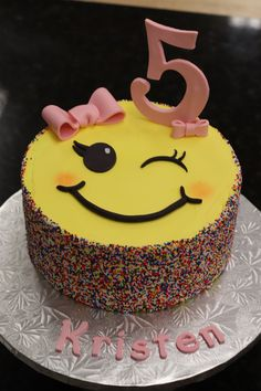 Emoji Sprinkle Birthday Cake 🎂 😋 You are in the right place about first Birthday Cake Here we offer you the most beautiful pictures about the B Birthday Cupcakes For Women, Birthday Cake For Him, Cute Birthday Cakes, Homemade Birthday Cakes, Birthday Cake Emoji, Birthday Cake For Women Simple, 60th Birthday, Emoji Cake, Birthday Cake Decorating