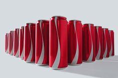 Coca-Cola retira marca de suas latinhas, manda mensagem sobre preconceito - Blue Bus