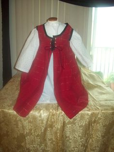 Christmas Red Plaid overdress with gold threads by MladysCoutorier, $17.95