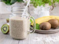 Kiwi, Shake, Cake Recipes, Mason Jars, Smoothies, Healthy Recipes, Food And Drink, Food Cakes, Tableware