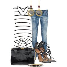 Spring/Summer  fashion, night time, jeans, open toe shoes