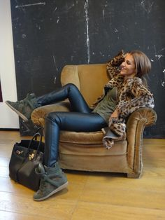 Ω Black leather, leopard, army green - Discover Sojasun Italian Facebook, Pinterest and Instagram Pages!