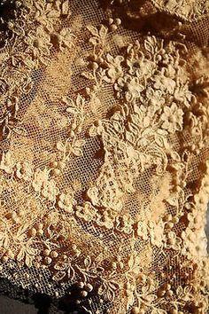 Passion for antique Lace!!!