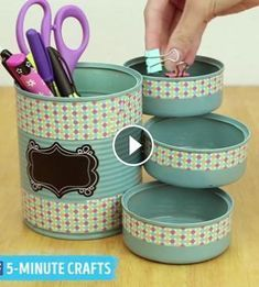 Mini organizer project for your desk - page 726979564823473655 - buzz . - Mini organizer project for your desk – Page 726979564823473655 – BuzzTMZ – - Recycle Cans, Diy Cans, Tin Can Crafts, Diy Home Crafts, Stick Crafts, Creative Crafts, Diy Bottle, Bottle Crafts, Garrafa Diy