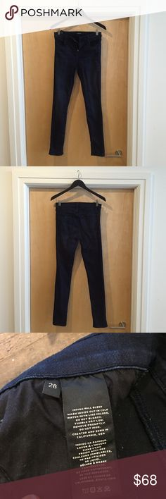 J Brand Maria High Rise Skinny Jeans 9 in rise. True pockets on front and back. I would say these run about a size small. Worn once. J Brand Jeans Skinny