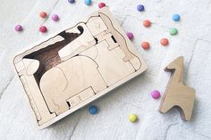 Awesome baby shower idea or birthday gift idea for toddlers. Wooden puzzles are giving so much learning for children and they improve fine motoring skills as well. Wooden Gifts, Handmade Wooden, Wooden Toys, Baby Shower Gifts, Baby Gifts, Scandinavian Nursery, Scandinavian Style, Puzzle Frame, Animal Puzzle