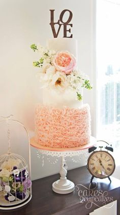 Pretty peach wedding cake inspiration