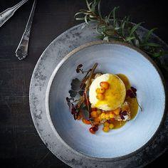 Sea buckthorn 3 ways and a little almondcake. A stunning shot by @madetmere - #cookniche #gastroart #theartofplating #wildchefs #foodstyling #foodart #gastronomia #gastronomy #finedining #cheflife #cookingart #chefstalk #foodstarz #feedfeed #foodstyling #foodphotography #foodphoto #duck #fooddesign  #instafood #foodporn #tbt #beautifulcuisines