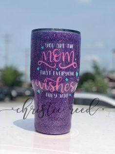 You Are The Mom Everyone Wishes They Had - Glitter Tumbler - Mother's Day Gift - Grandparent's Day - Glitter Tumbler - Stainless Steel Tumb Diy Mother's Day Crafts, Mother's Day Diy, Mom Tumbler, Tumbler Cups, Vinyl Tumblers, Custom Tumblers, Glitter Cups, Glitter Tumblers, Thermos