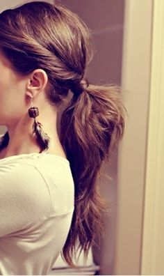 30 Cute Ponytail Hairstyles and Tutorials | http://fashion.ekstrax.com/2014/02/cute-ponytail-hairstyles-and-tutorials.html