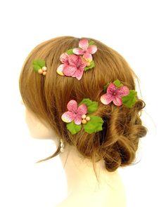 Flower Hair pins, Dark Pink Hydrangea Flower and Berry Bobby Pins, Boho Hair, Fairy Hair, Mori Hair
