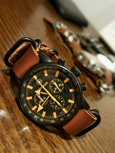 Wenger Commando Watch SRC 70893 with leather 5 ring Zulu strap.
