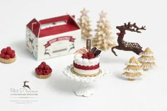 Apple Berries Christmas Oval Cake in 1/12th Dollhouse Miniature Christmas Cake