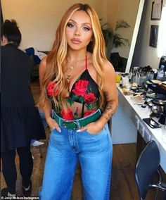 Jesy Nelson is famous for being one quarter of Brit girl group Little Mix as well as being an inspiration to girls all over the globe,. Little Mix Outfits, Little Mix Jesy, Little Mix Style, Little Mix Girls, Jesy Nelson, Perrie Edwards, Litte Mix, Mixed Girls, Pretty People