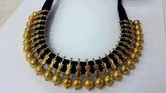 Antic Jewellery, Gold Jewellery Design, Temple Jewellery, Thread Jewellery, Bridal Jewelry, Beaded Jewelry, Simple Jewelry, Jewelry Patterns, Indian Jewelry