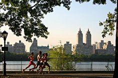 Jogging in Central Park - New York Central Park, Barclays Center, Flatiron Building, Washington Square Park, Greenwich Village, Coney Island, Empire State, Marathon, Harlem