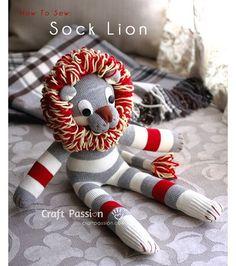 Tutorial: Sock lion with a loopy yarn mane