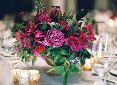 Awesome 30+ Beautiful Jewel Tone Centerpieces For Your Wedding II https://weddmagz.com/30-beautiful-jewel-tone-centerpieces-for-your-wedding-ii/