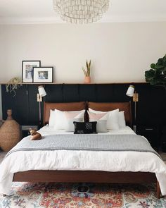 83 Ideas For Creating Your Own Master Bedroom Paint Colors 4 - waddenhome Scandi Living, My New Room, Home Bedroom, Kids Bedroom, Room Inspiration, House Design, Wall Sconces, Wall Sconce Bedroom, Wall Decor Master Bedroom