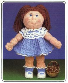 Debbie Cabbage Patch - Carey Richards - Álbuns da web do Picasa... Awesome crocheted doll and dress..