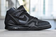 Nike Air Tech Challenge II Waterproof Pack  4227e6d4f9f1