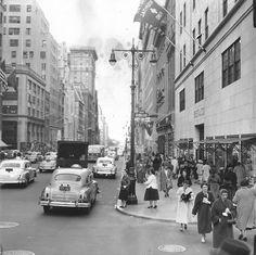5th Avenue and 51st Street (Nov 14th 1954) -New York Sun Press Photo