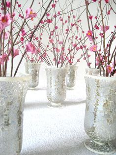 Cherry Blossom paper flowers: step by step DIY instructions at this site Cherry Blossom Origami, Cherry Blossom Wedding, Sakura Cherry Blossom, Cherry Blossoms, Blossom Flower, How To Make Origami, Diy Origami, Wedding Centerpieces, Party