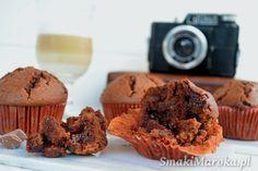 Wilgotne muffiny mocno czekoladowe - SmakiMaroka.pl Happy Foods, Truffles, Fudge, Cooking Recipes, Sweets, Breakfast, Food Ideas, Bakken, Morning Coffee
