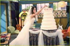 Austin & Ally Get Married This Weekend - Seriously, They Do!: Photo Austin (Ross Lynch) pops a little frosting on Ally's (Laura Marano) nose in this adorable still from this weekend's Austin & Ally. Laura Marano, Vanessa Marano, Sonny With A Chance, Finding Carter, Famous In Love, Austin And Ally, Disney Shows, Disney Couples, Gilmore Girls