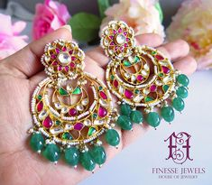 Red Green Kundan Chandbali Earrings,Indian Earrings,Kundan Earrings,Bollywood Earrings Tikka Set – The Best Ideas Pakistani Bridal Jewelry, Bridal Jewellery, Gold Jewellery, Silver Jewelry, Mughal Jewelry, India Jewelry, Baby Birthday Dress, Indian Nose Ring, Gold Earrings Designs