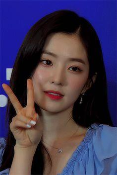 Irene Kim, Red Velvet Irene, Asia Girl, Seulgi, Korean Actresses, Beautiful Soul, Bias Wrecker, Kpop Girls, Asian Beauty