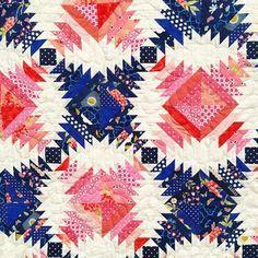 Pineapple log cabin quilt by satomihoar