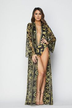 GOTTA HAVE THIS TWO PIECE SET!