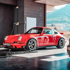 For the love of everything German and air-cooled - Porsche 911 old - Autos Porsche Panamera, Porsche Autos, Porsche Sports Car, Porsche Models, Porsche Cars, Porsche Classic, Classic Cars, Singer Porsche, Singer 911