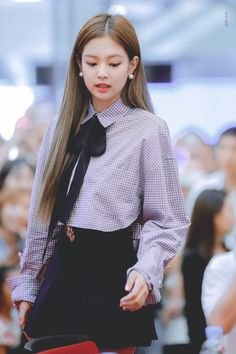 "the fashionista of the day ""jennie"" member of k-pop girl band "" Blackpink"" Blackpink Fashion, Korean Fashion, Fashion Outfits, Womens Fashion, Blackpink Jennie, Black Pink ジス, Model Shooting, Blackpink Photos, Kpop Outfits"