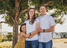 Email me to book today! Family Photography Outfits, Clothing Photography, Summer Family Pictures, Families Are Forever, Utah Photographers, How To Pose, Family Photographer, Photo Sessions, Kids Outfits