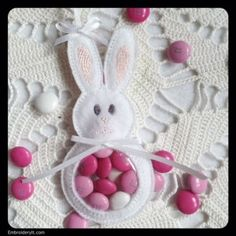 Sweet Candy Holder Made in your 4 x 4 Machine Embroidery Hoop | Embroidery It