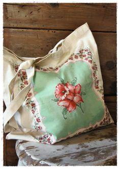 sew a vintage hankie onto a canvas tote for an instant update/upcycle/recycle! #diy #vintage