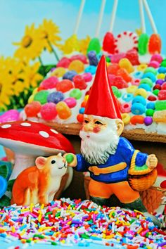 Psychedelic gnome...
