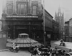 Groat Market, Newcastle upon Tyne Old Pictures, Old Photos, Vintage Photos, Newcastle Gateshead, Police Box, Local History, Habitats, England