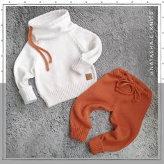 Best 12 Cardigan and suit for spring / autumn. Crochet Baby Poncho, Knitted Romper, Crochet Bebe, Baby Knitting, Knitted Hats, Teddy Bear Clothes, Knitted Baby Clothes, Baby Doll Clothes, Girls Sweaters