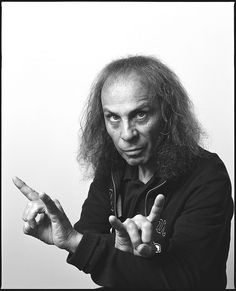 Ronnie James Dio - Amazing pipes, and a class act. RIP.