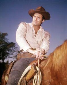 Cheyenne Cowboy Clint Walker Photo 52   eBay