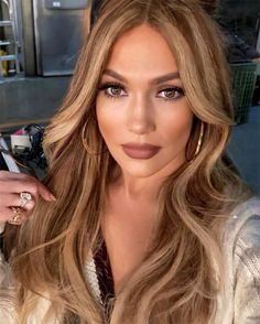 Brown Hair With Blonde Highlights, Honey Blonde Hair, Hair Highlights, Chunky Highlights, Caramel Blonde Hair, Caramel Highlights, Color Highlights, Honey Colored Hair, Dramatic Highlights