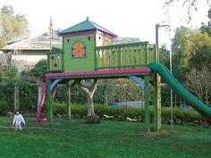 Barbara Butler-Extraordinary Play Structures for Kids-Perched Playhouse: Charm on stilts