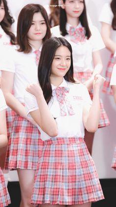 School Uniform Outfits, School Uniforms, Cute Girls, Cool Girl, Black Aesthetic Wallpaper, Shirt Hair, Matches Fashion, Stylish Girl, Ulzzang Girl