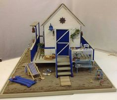 MiNiaTuRe BEaCH DoLLHouSe (front) ____AnandaMiniatures