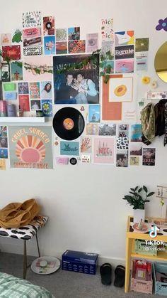 Room Ideas Bedroom, Bedroom Decor, Bedroom Inspo, Bed Room, Canvas Art Quotes, Diy Canvas Art, Diy Resin Phone Case, Indie Room Decor, Cute Room Ideas