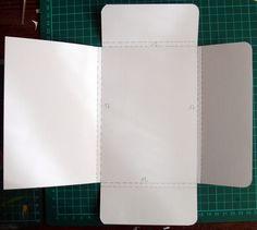 Mini Album Scrap, Mini Albums Scrapbook, Card Templates, Card Stock, Diy And Crafts, Album Photos, Week End, Halloween, Fabric Book Covers