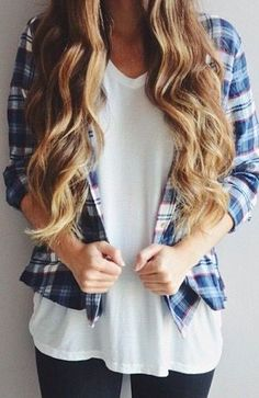 Flannel shirt and a white t-shirt. Perfect outfit idea for fall and winter.